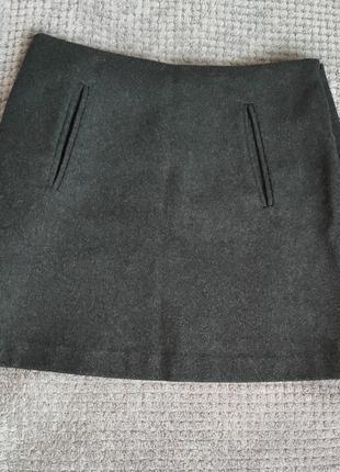 Шерстяная теплая юбка мини