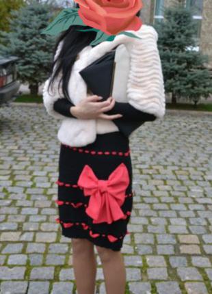 Нарядна вишукана сукня
