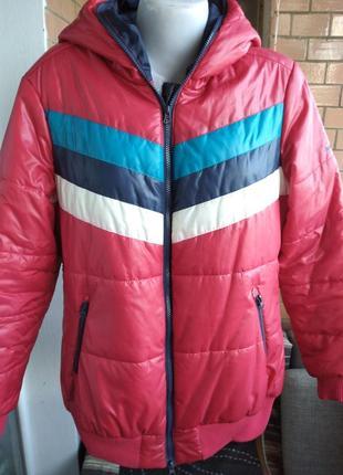 Классная теплая куртка с капюшоном на синтепоне 44 евро на укр 50- 52