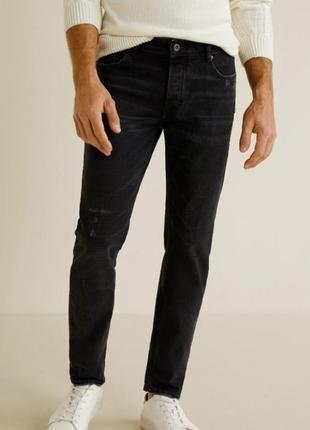 Базовые мужские джинсы манго