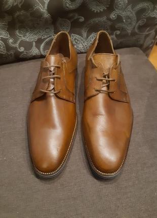 Красиві туфлі від minelli шкіряні