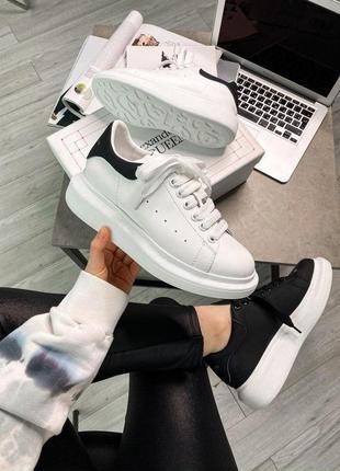Mcqueen white black женские кожаные кроссовки белого цвета 😍