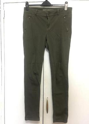 Оливковые штаны