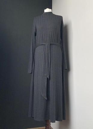 Теплое платье от mango размер м