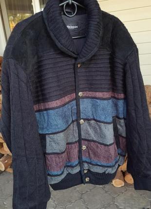 Теплый вязаный свитер на подкладе