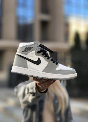 Nike air jordan 1 gray/white женские кроссовкии
