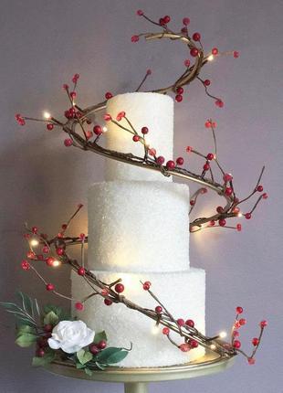 Тортівниця для весільного торта металева геометрична кована