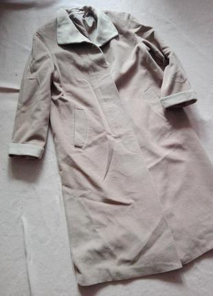 Длинное элегантное шерстяное пальто от c&a