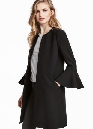 Чёрное пальто с красивыми рукавами h&m размер 8