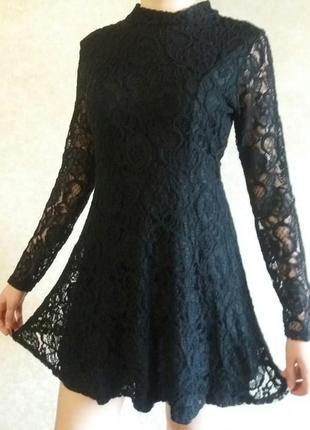 Модное кружевное платье от river island