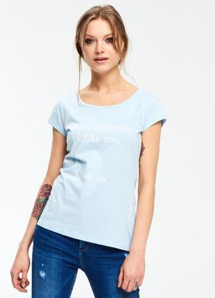Нежная футболка с надписью