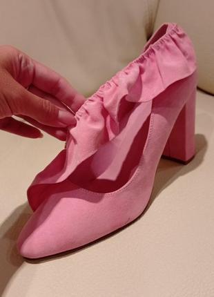 Стильные розовые туфли с оборкой💞💞💞🤍💓🤍💞💞💞