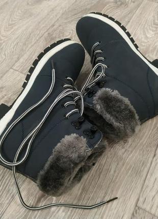 Ботинки кроссовки с мехом, зима