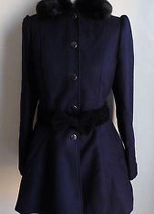 Пальто темно-синее бренд atmosphere приталенное с баской рукав фонарик искусственный мех