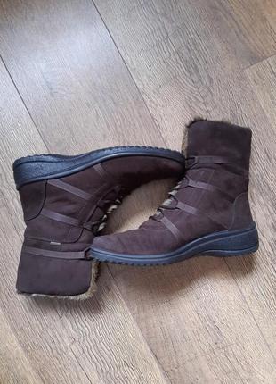 Кожаные замшевые фирменные ботинки сапоги
