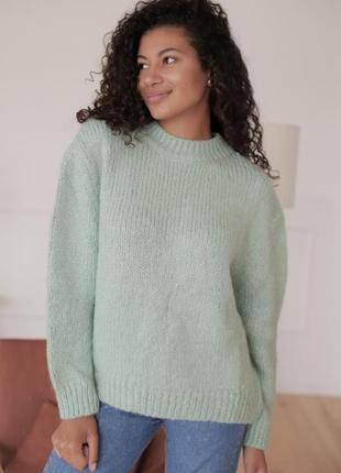 Шерстяной свитер oversize