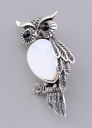 Брошь на одежду сова с натуральным белым камнем перламутр замок булавка