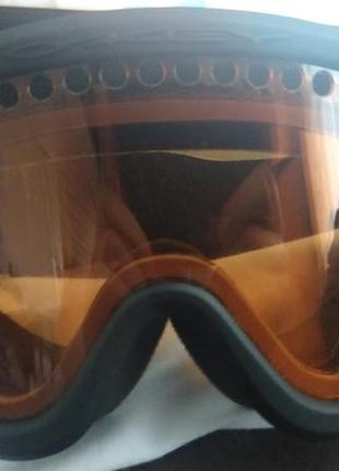 Фирменные лыжные очки oakley