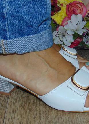 Сабо белые, каблук