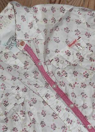Рубашка в цветочный принт wrangler - подарок к джинсам wrangler