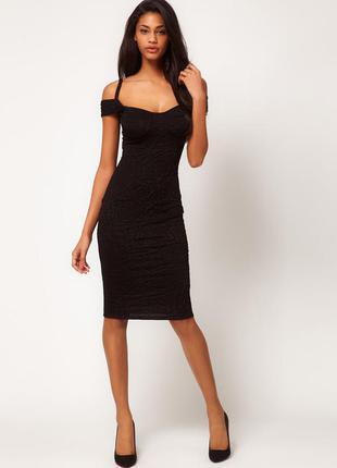 Фактурное платье-футляр asos миди черного цвета  с вырезами на плечах