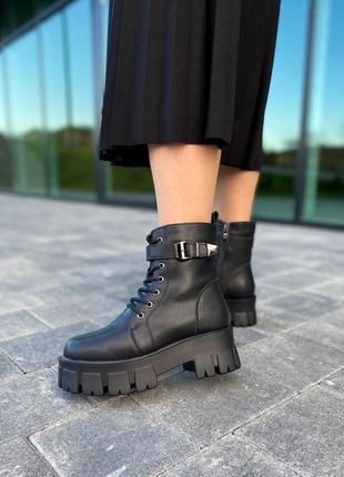 Женские ботинки с мехом чёрные зимние.  новинка 2020