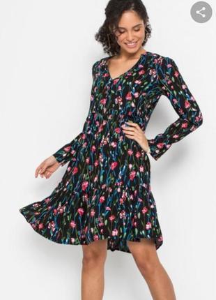Платье свободного кроя в стиле бохо