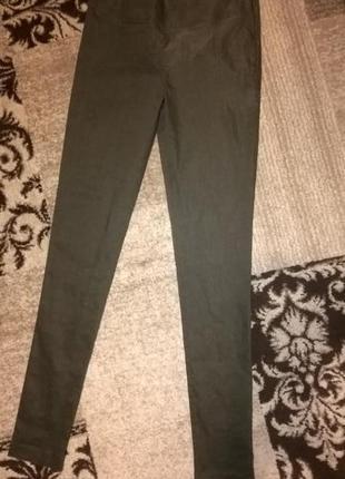 Стильные брючки в обтяжку италия sarah-pacini, на длинные ножки, в составе лен