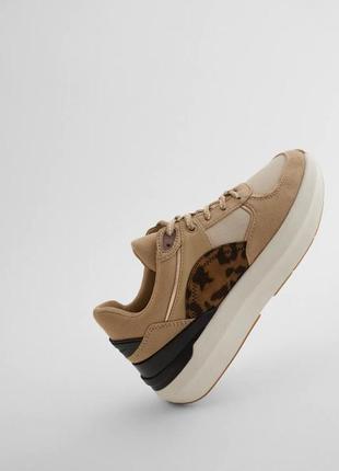Кроссовки с леопардовыми вставками