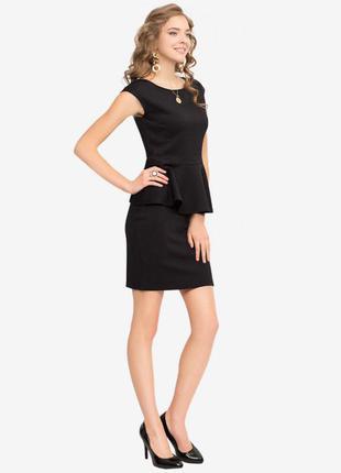 Блуза с баской без рукавов черная, стеганый трикотаж