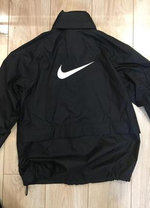Спортивна вітровка, куртка nike