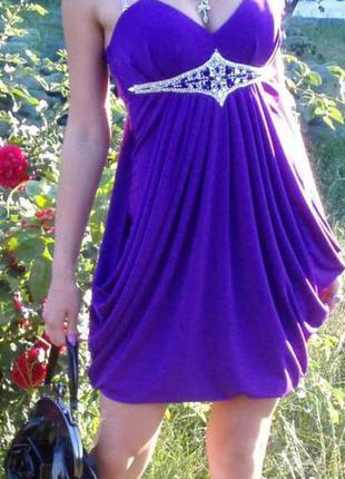 Фиолетовое вечернее выпускное платье миди с камнями