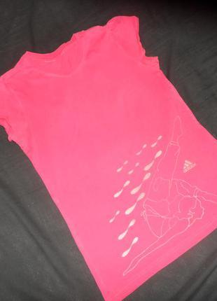 Фирменная футболка adidas