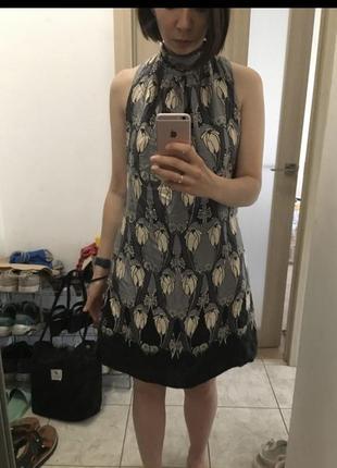 Шовкове плаття у квітковий принт oasis