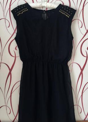 Оригинальное шифоновое платье на подкладке