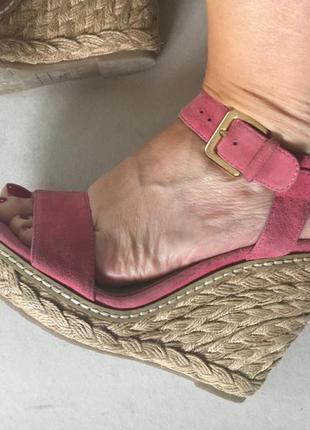 Удобные замшевые красивого пастельного цвета на ножку 24 см