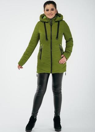 Женская утеплённая куртка с отстёгивающимся капюшоном р 48 - 58