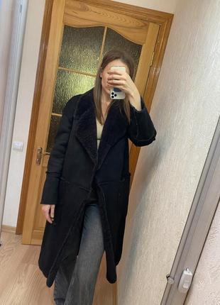 Пальто фирмы zara