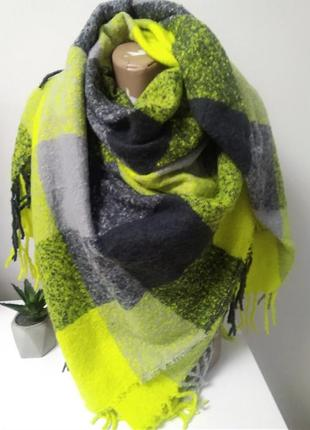 Шикарний теплющий платок-шарф