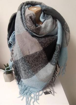 Шикарний платок шарф