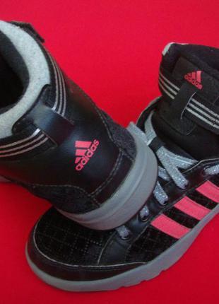 Кроссовки adidas оригинал велюр 38 разм