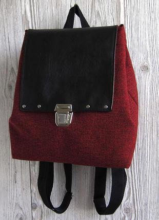 Небольшой красный рюкзак с эко-кожей
