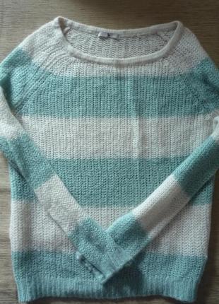 Новый легкий нежный свитерок 48-50