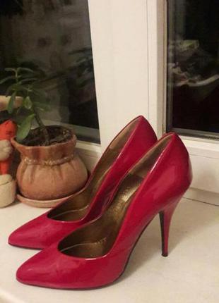 Туфли красные, лодочки, кожа