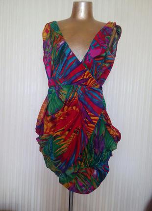 Платье на запах тропики интересное с карманами