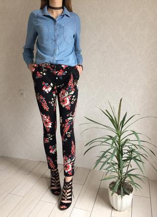 Стильные штаны брюки с кармашками в принт