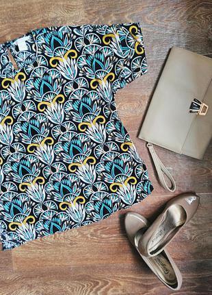 Стильная разноцветная блузка от h&m размера s-м с коротким рукавом (футболка)