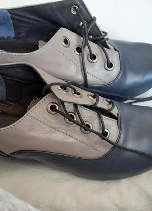 Туфли кожаные на шнурке