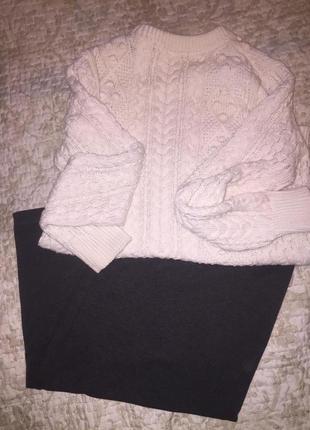 Стильный свитер zara