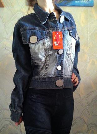 Джинсовка l/xl. джинсовая куртка. джинсовый пиджак.
